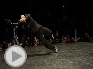 Vidéos de L'Homme V. / Cie 3634