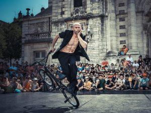 Newsletters : Représentation du spectacle d'acrobatie danse sur bmx et violoncelle à la Scène Nationale de Sénart en avril 2017